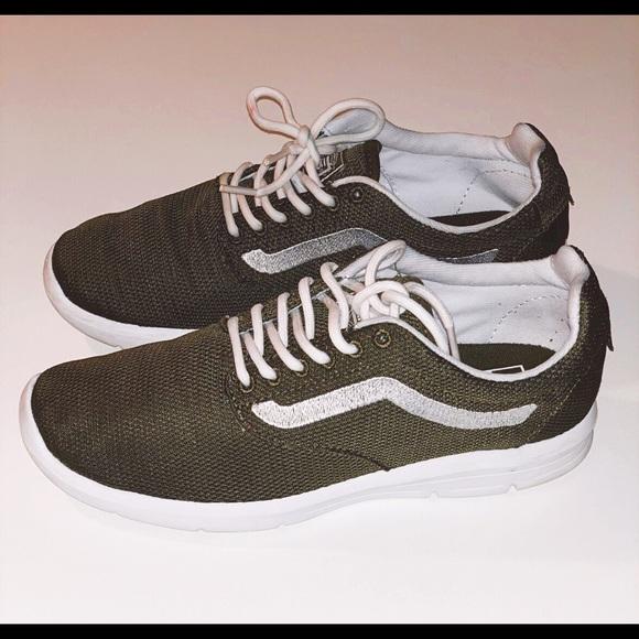 Vans Ultrarange Rapidweld Sneaker Olive